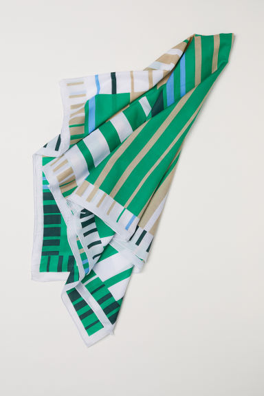 Silk-blend scarf - Emerald green/Gold-coloured - Ladies | H&M CN