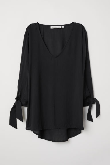 V-neck blouse - Black - Ladies | H&M CN