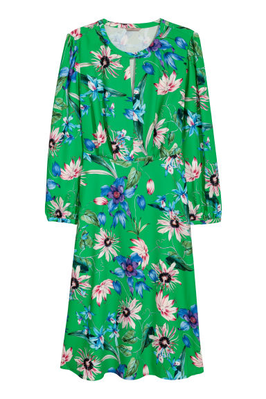 H&M+ Patterned dress - Green/Floral - Ladies | H&M