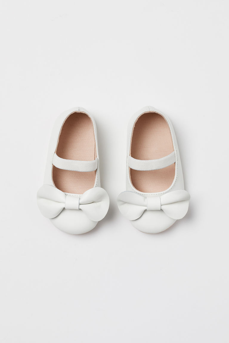 Ballet Flats with Appliqué - Natural white - Kids | H&M US