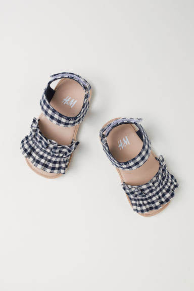 Sandals - Dark blue/Checked - Kids | H&M