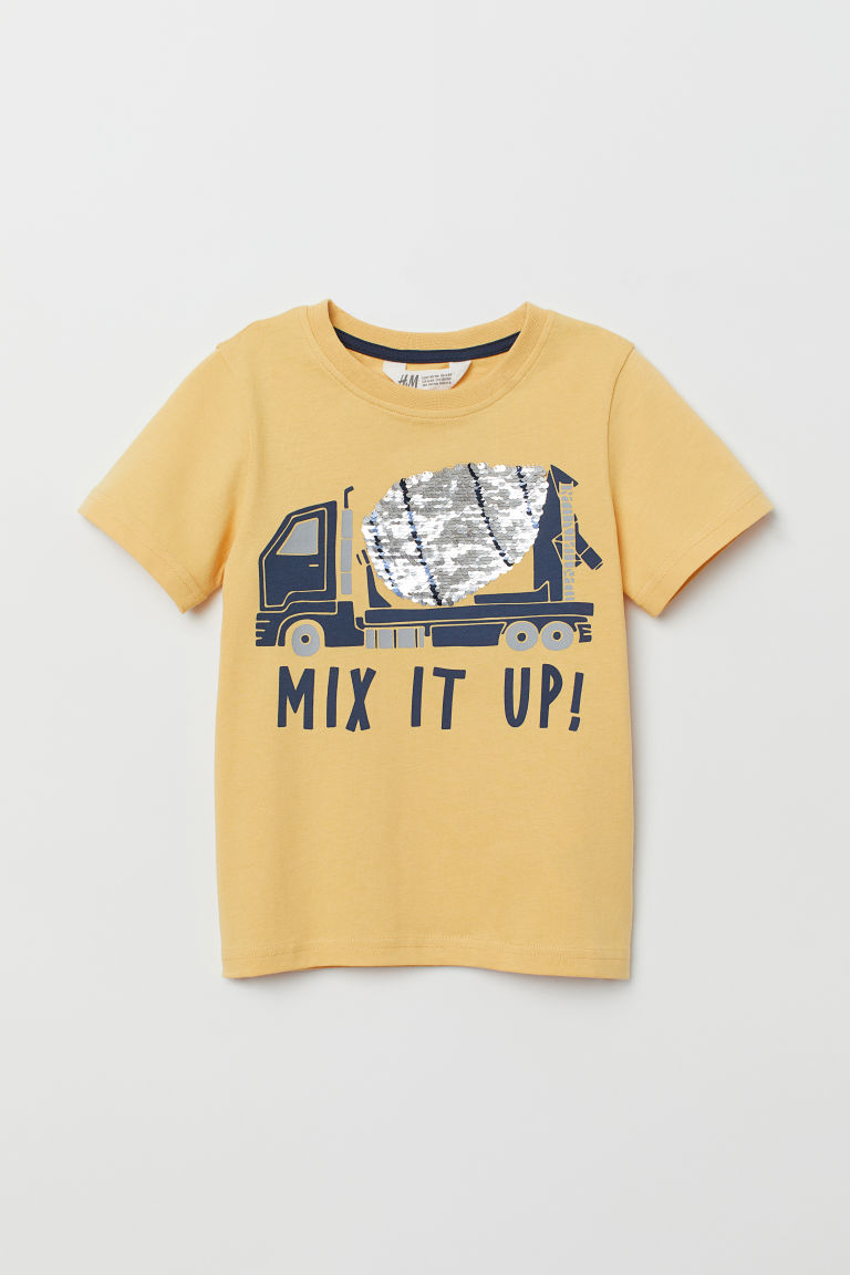 T-shirt with a motif - Yellow/Reversible sequins - Kids | H&M CN