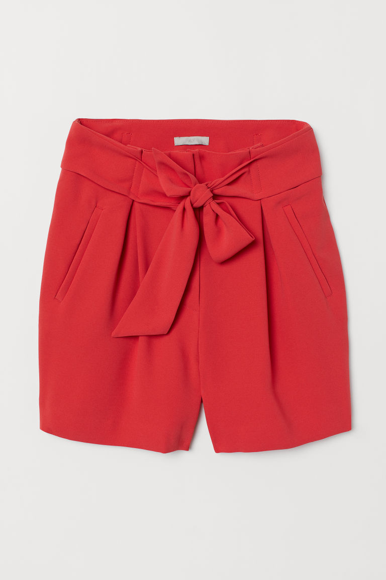 Fitted Shorts - Coral red - Ladies | H&M US