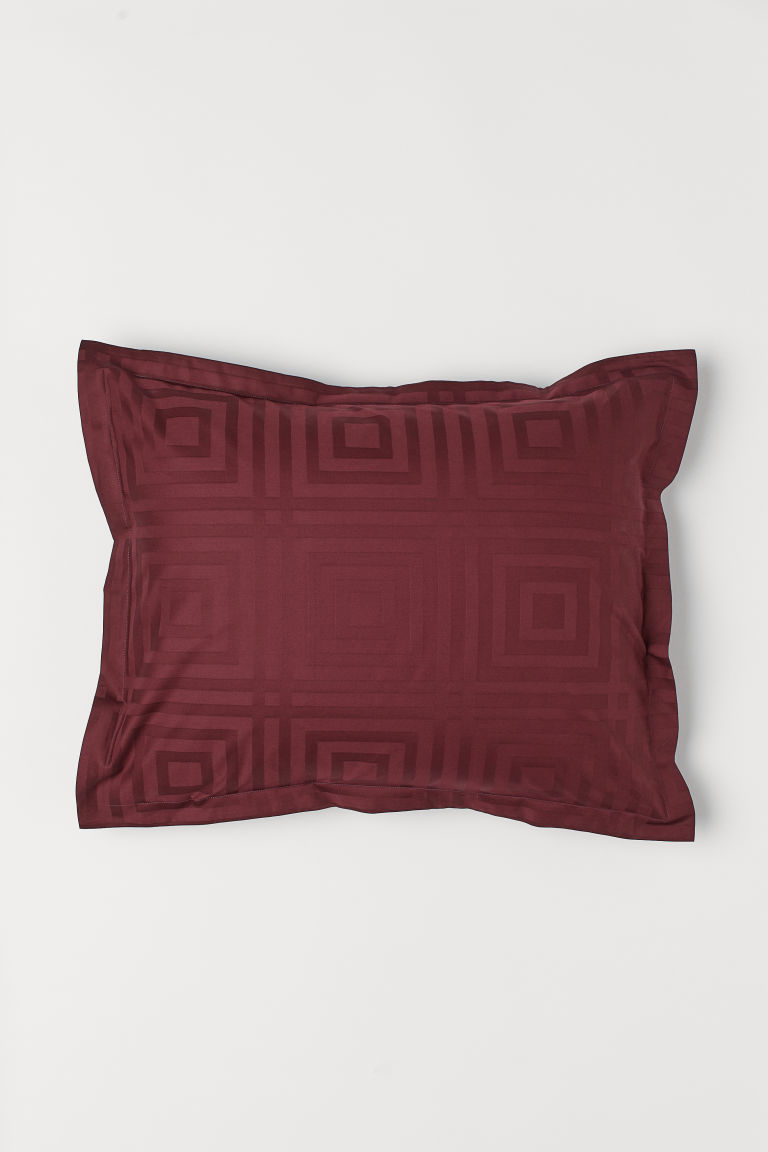 Jacquard-weave pillowcase - Burgundy - Home All | H&M CN