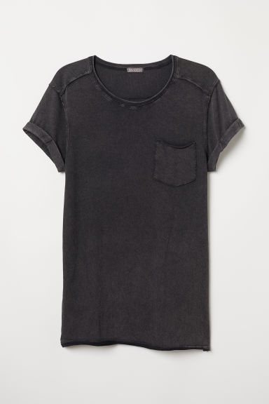 T-shirt with a chest pocket - Black/Washed - Men | H&M CN