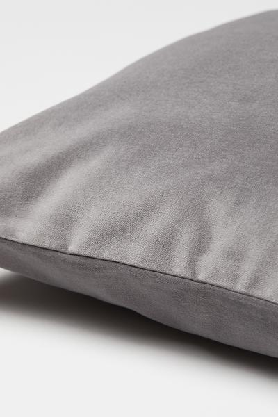 H&M - Velvet cushion cover - 2