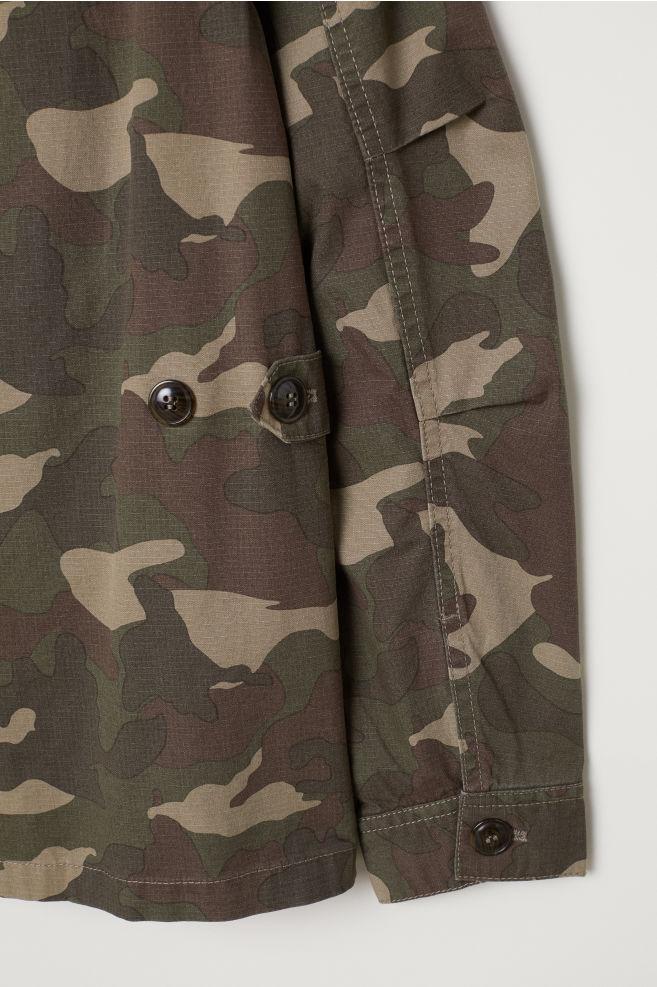 cebaf5c911a5e H&M+ Utility jacket - Khaki green/Patterned - Ladies | H&M ...