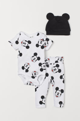 ba9b8190975 H M – oblečení pro novorozence online či v prodejně