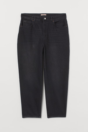 H&M+ Tapered High JeansModel