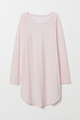 828f8ee48208 Nočná košeľa s potlačou - červená králiky - ŽENY