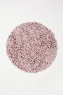Deep pile bath mat