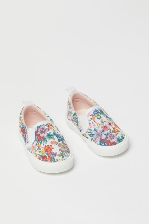 Patterned slip-on trainers