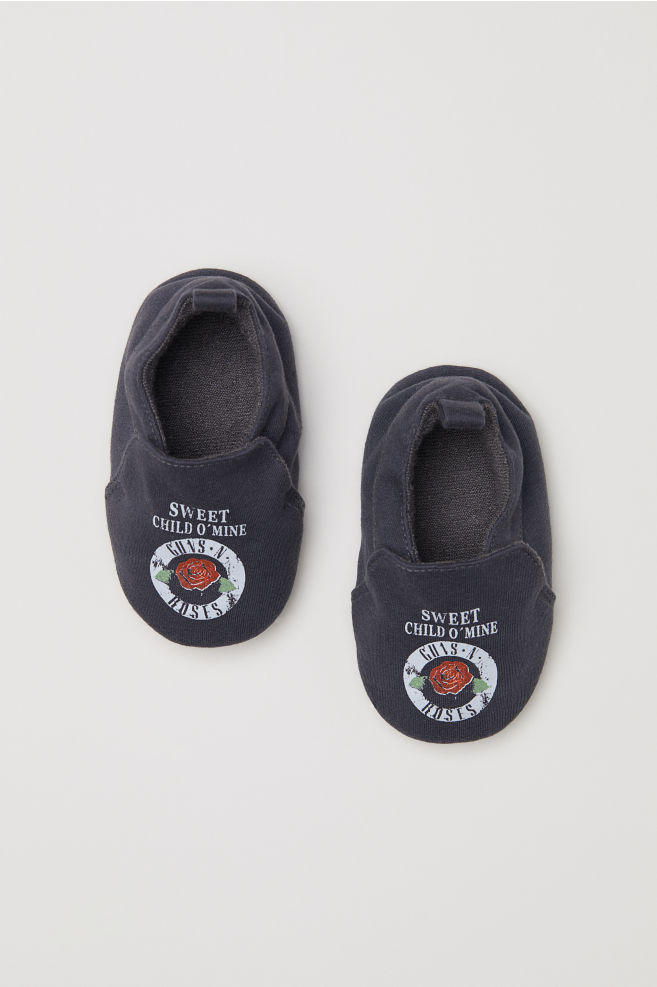 01db9e40c861b2 Slippers - Black Guns N  Roses - Kids