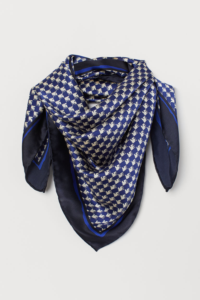 Patterned silk scarf - Dark blue/Dogtooth-patterned - Ladies | H&M