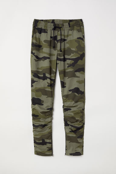 Cotton twill joggers - Khaki green/Patterned - Men | H&M
