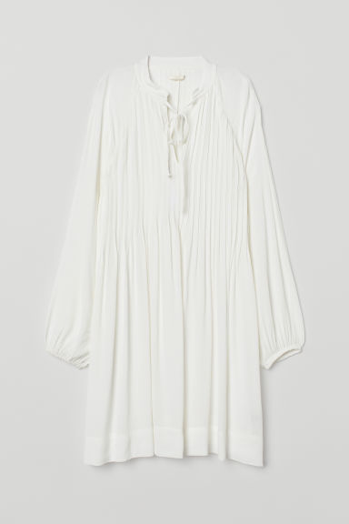 Viscose dress with pin-tucks - White -  | H&M CN