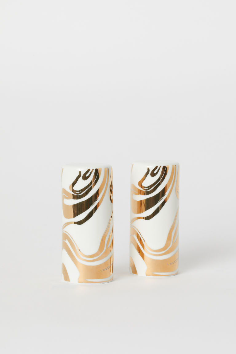 Porcelain salt and pepper set - White/Gold-coloured - Home All | H&M IE