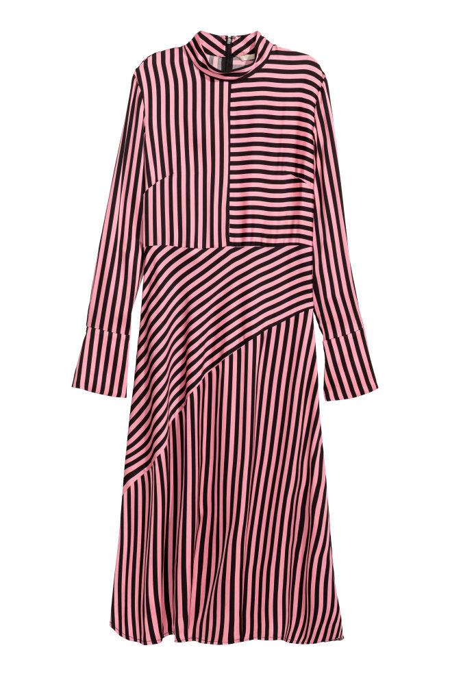 94ecad3f9354 Asymmetrisk kjole - Rosa Sortstribet - DAME