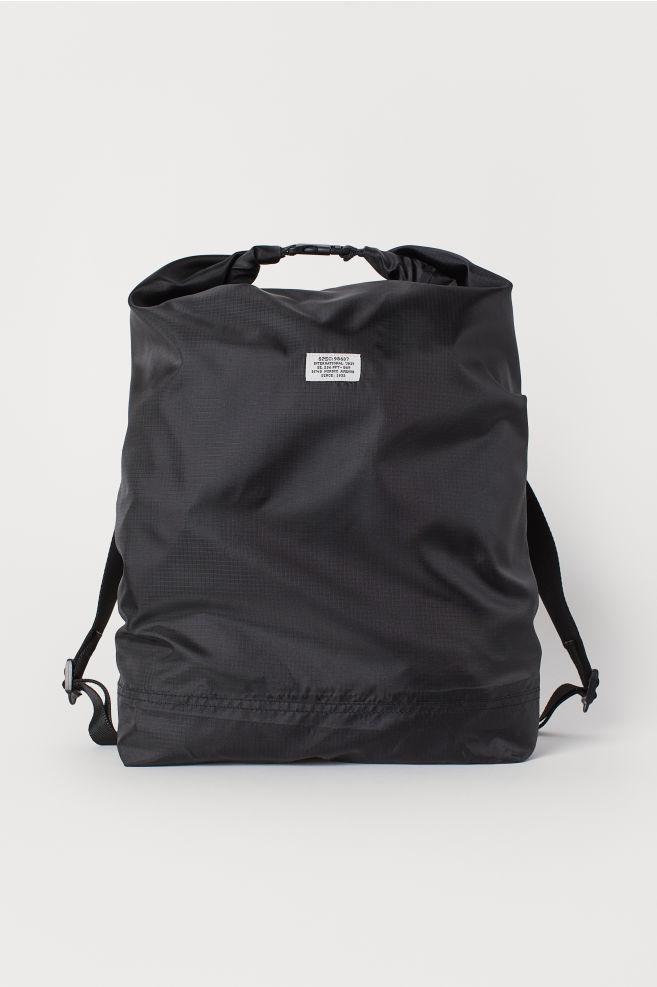 d20747186 Lightweight backpack - Black - Men | H&M ...