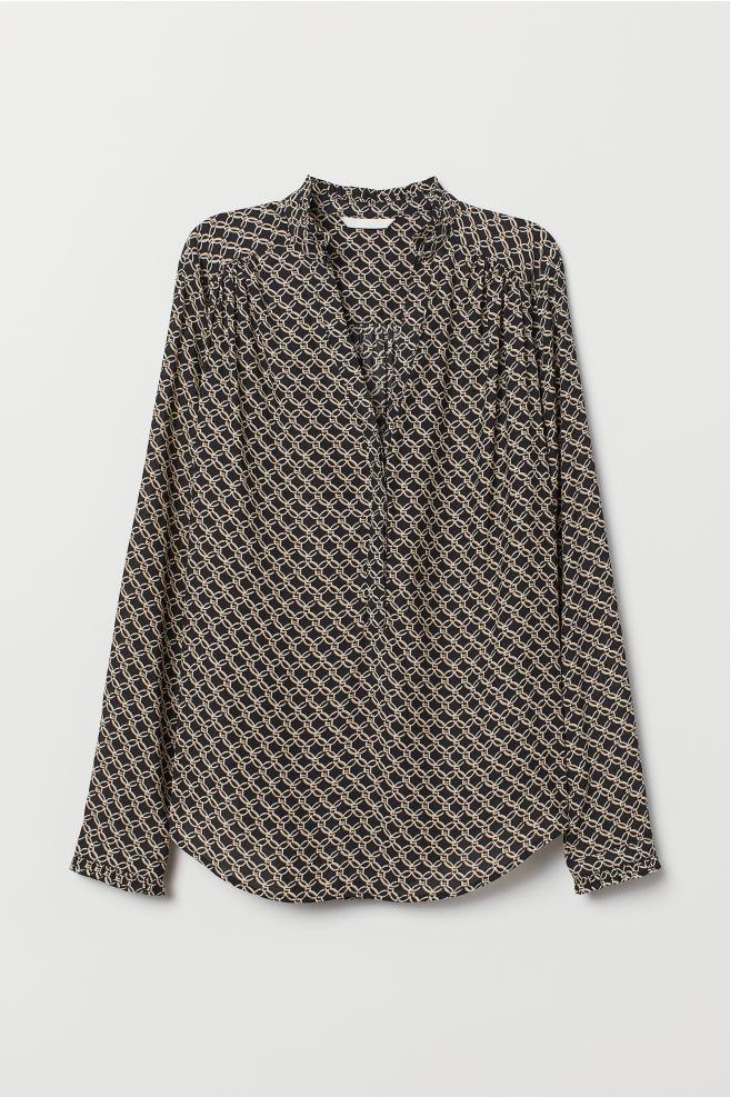 cf628b14007c9 V-neck Blouse - Black/patterned - Ladies | H&M ...