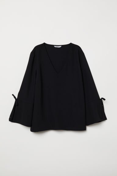 V-neck blouse - Black - Ladies | H&M