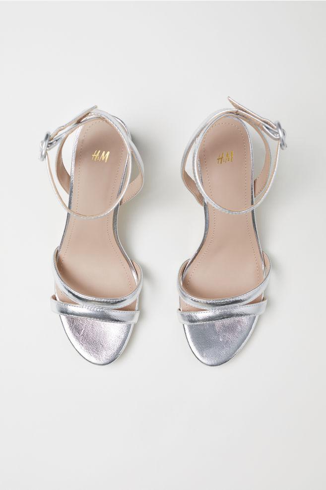 d091ca77186 ... Sandaletter - Silver - DAM   H&M ...