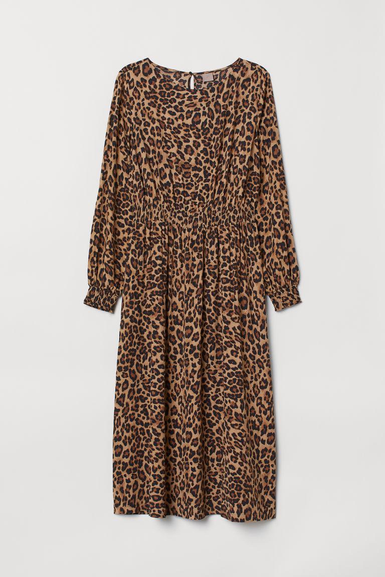 476a0ee3013 H M+ Vzorované šaty - Beige Leopard print - ŽENY