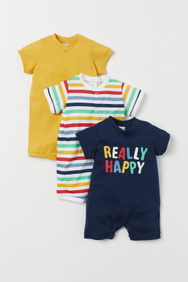 b27e00dea9c3 Shop newborn clothing online or in-store