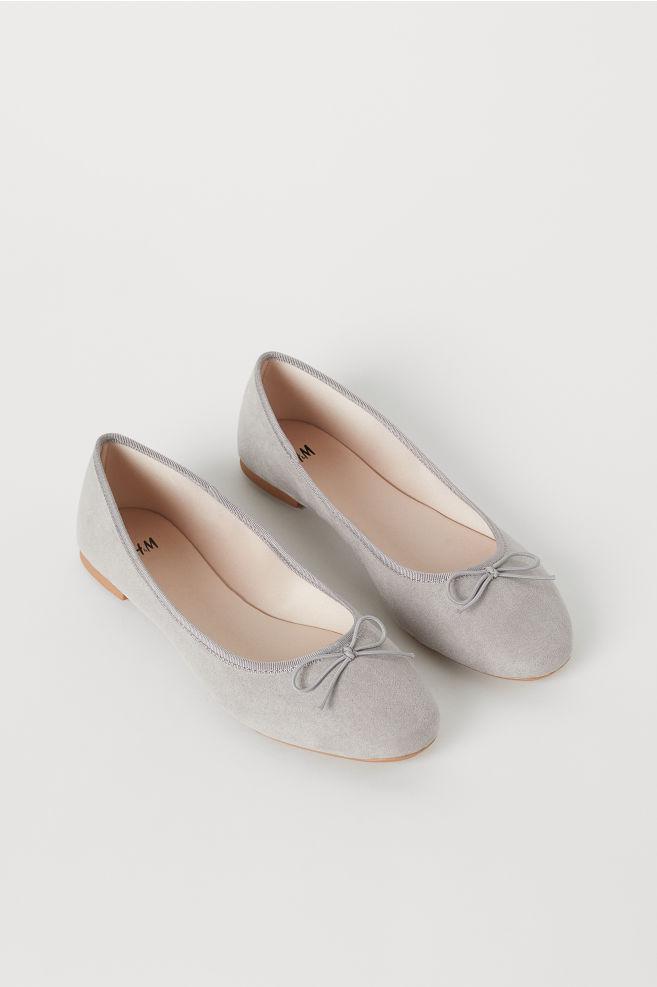 cf505238f908 Ballet pumps - Light grey - Ladies | H&M ...