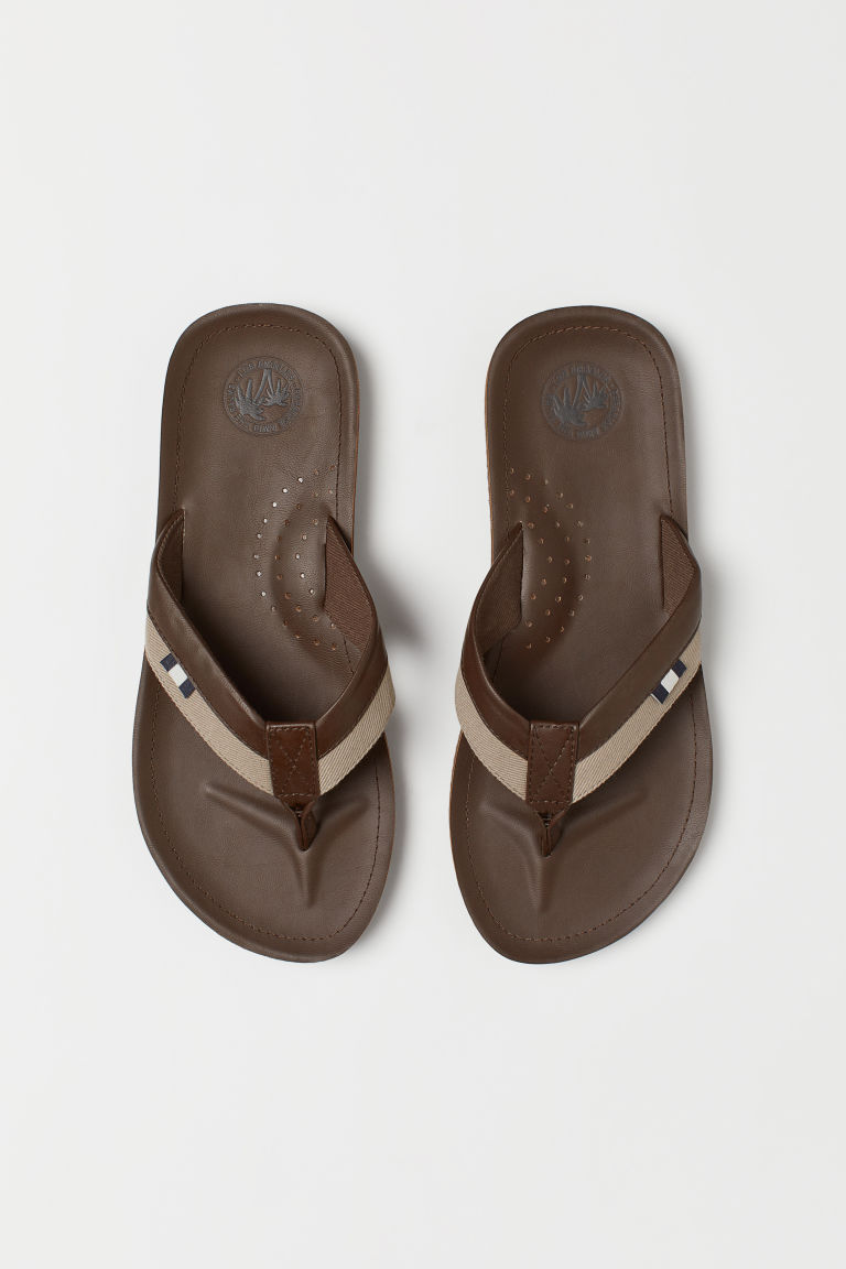 Flip-flops - Dark brown/Beige - Men | H&M