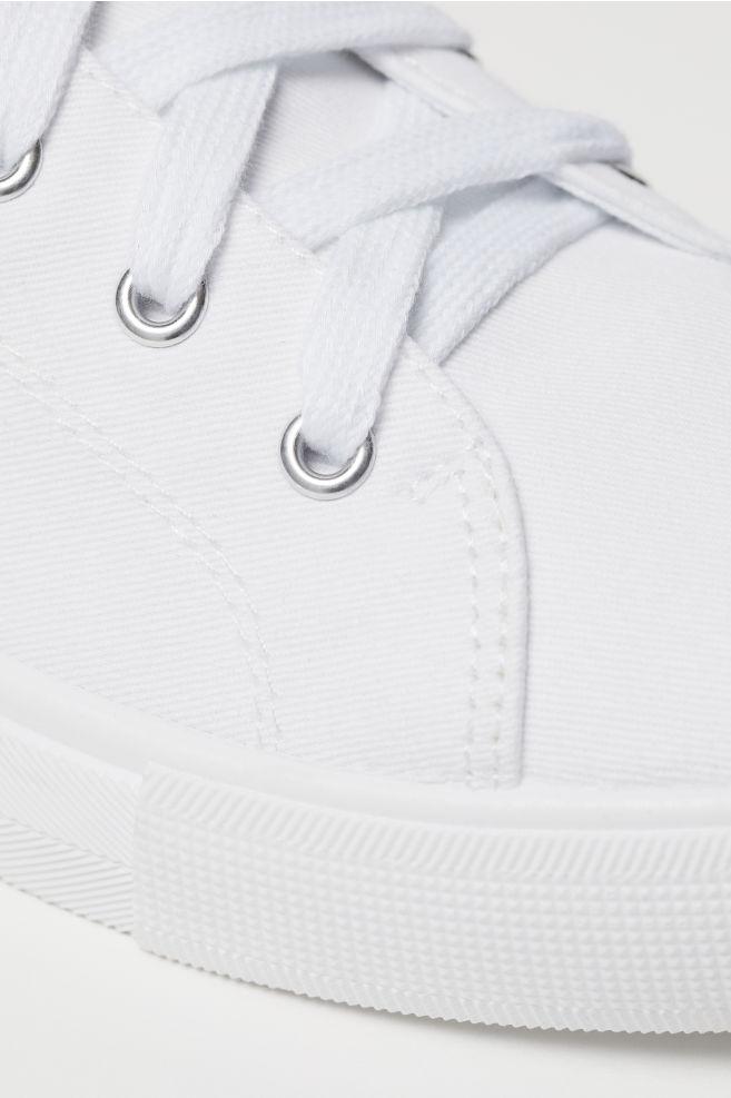 0ad6fdd5 ... Płócienne buty sportowe - Biały - ONA | H&M ...