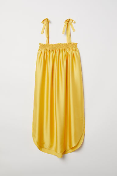 Dress with smocking - Yellow - Ladies | H&M