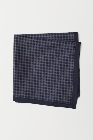 Silk handkerchief - Dark blue/Checked - Men | H&M
