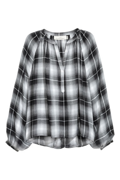 Wide blouse - Black/Checked - Ladies | H&M