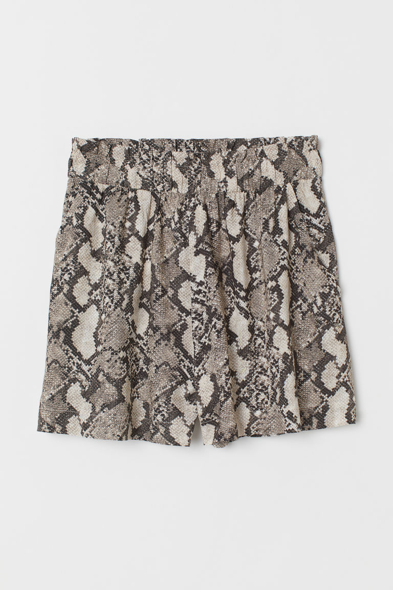Wide-cut Shorts - Beige/snakeskin-patterned - Ladies | H&M US