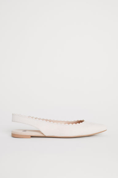 Scallop-edged ballet pumps - Powder beige - Ladies | H&M CN