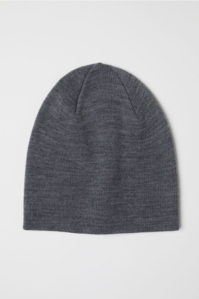 e8ca00725 Knitted hat