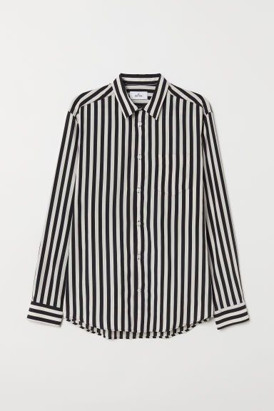 Cupro-blend shirt - Black/White striped - Men | H&M