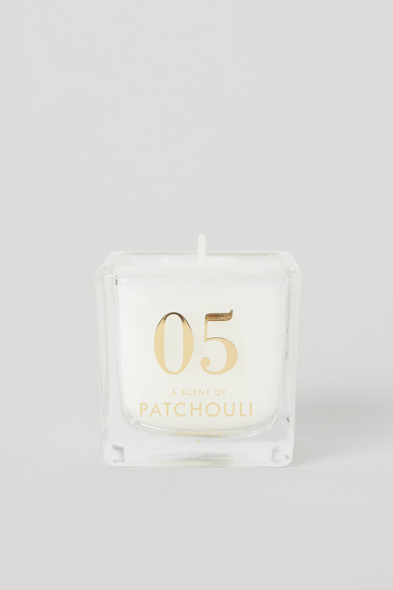 Scented candle in glass holder - White/Patchouli - Home All | H&M GB