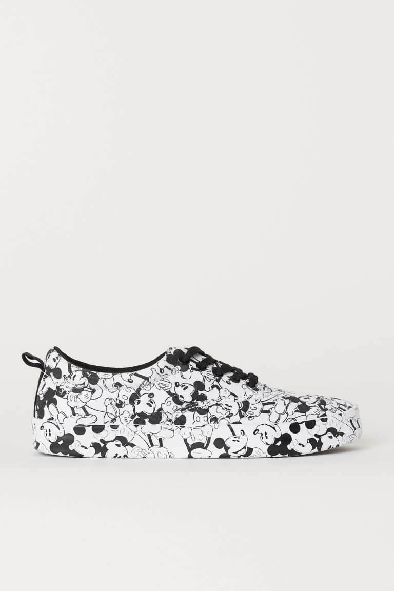 Canvas trainers - White/Mickey Mouse - Men | H&M CN