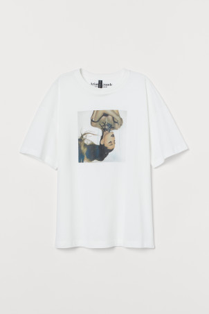Playera estampadaModelo