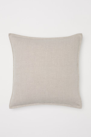 Washed linen cushion coverModel