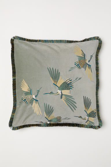 Embroidered cushion cover - Dusky green/Cranes - Home All | H&M CN