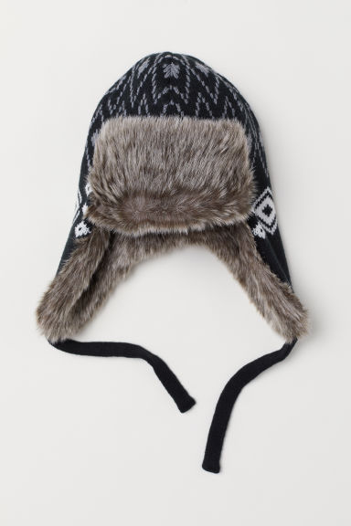Hat with earflaps - Black/Patterned - Men | H&M