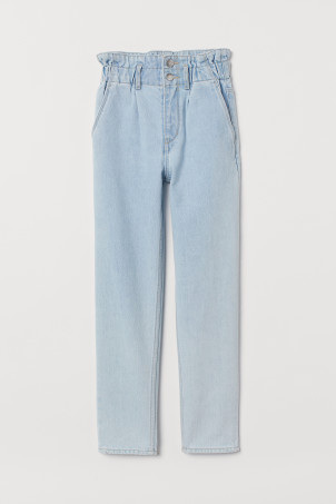 Relaxed Fit Ankle Jeans