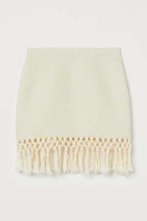 Fringed skirtModel