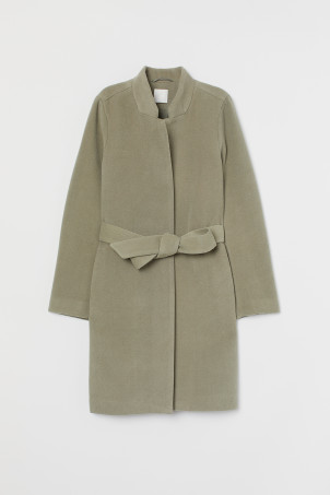 Coat with a tie belt