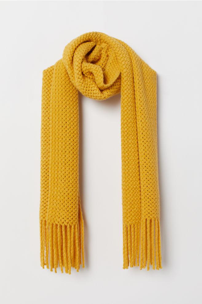 fe56ec0c52a Stort tørklæde - Sennepsgul - | H&M ...
