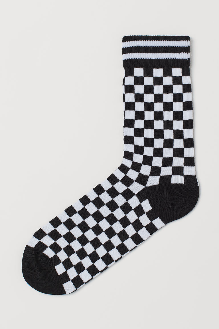 Patterned Socks - Black/checkerboard - Men | H&M US