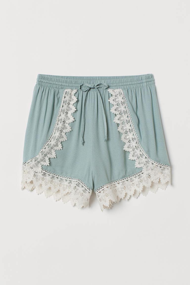 Lace-trimmed shorts - Dusky green -  | H&M IE